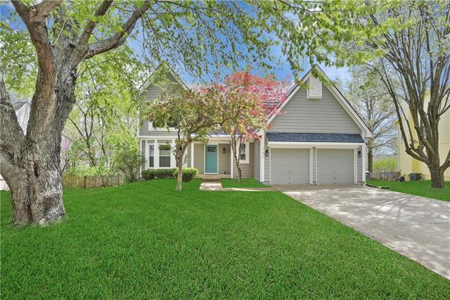 732 N Mesa Street, Olathe, KS 66061 (#2158410) :: No Borders Real Estate