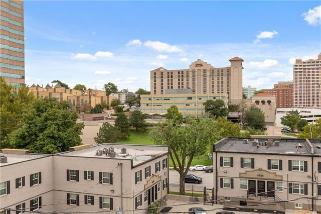 4727 Jarboe Street #101, Kansas City, MO 64112 (#2158559) :: No Borders Real Estate
