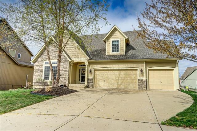 6042 Longview Street, Shawnee, KS 66218 (#2158564) :: No Borders Real Estate