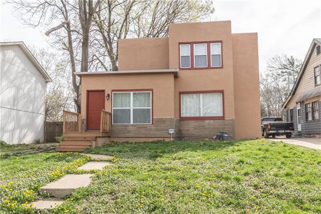 7309 Virginia Street, Kansas City, MO 64131 (#2158624) :: House of Couse Group