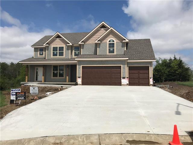 833 Evergreen Street, Basehor, KS 66007 (#2158637) :: Team Real Estate
