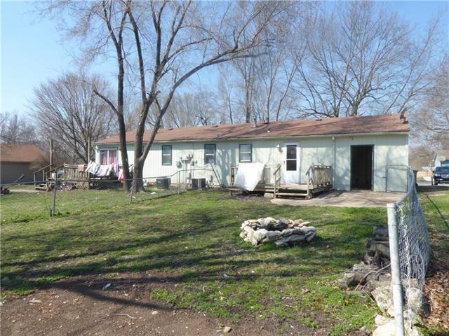 17125- Cerrito Drive, Belton, MO 64012 (#2158881) :: Team Real Estate