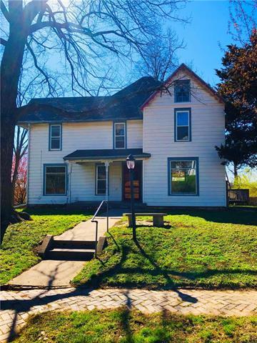 1101 N 5th Street, Atchison, KS 66002 (#2158973) :: Stroud & Associates Keller Williams - Powered by SurRealty Network