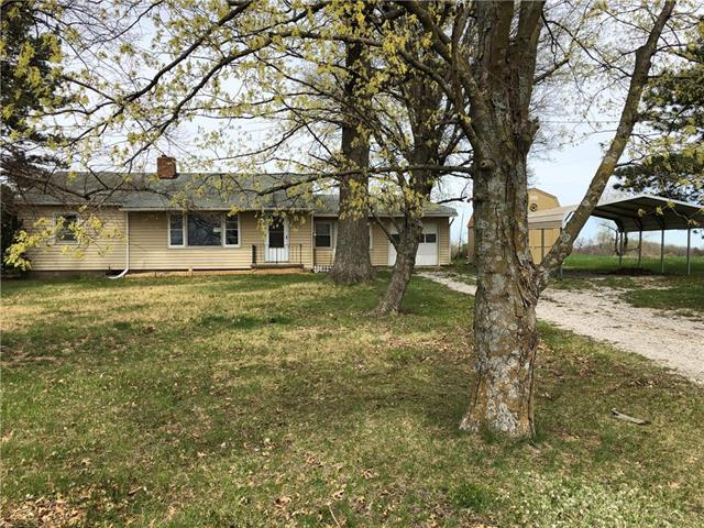 16614 Lecompton Road, Leavenworth, KS 66048 (#2159101) :: House of Couse Group