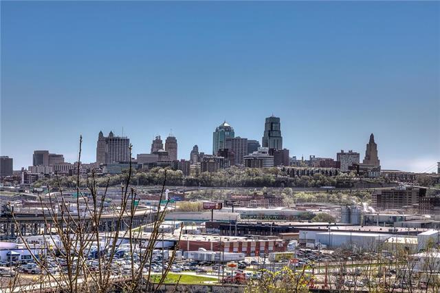 408 Sandusky Avenue, Kansas City, KS 66101 (#2159126) :: No Borders Real Estate