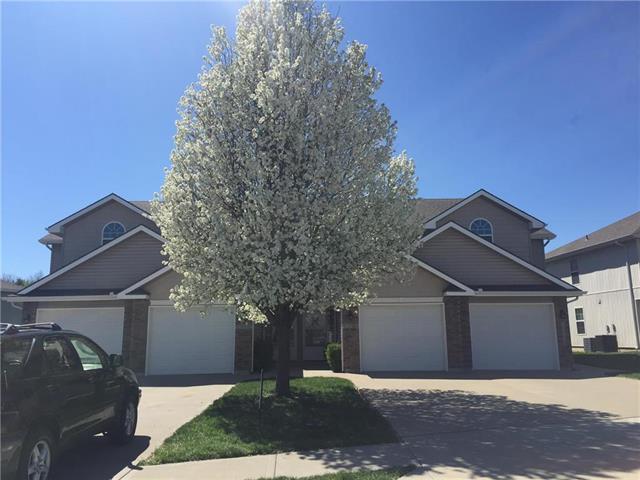 13684 Post Oak Lane, Platte City, MO 64079 (#2159175) :: The Gunselman Team