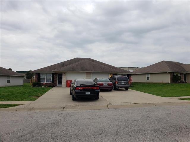 417-19 NW Woodbury Drive, Grain Valley, MO 64029 (#2159198) :: Team Real Estate