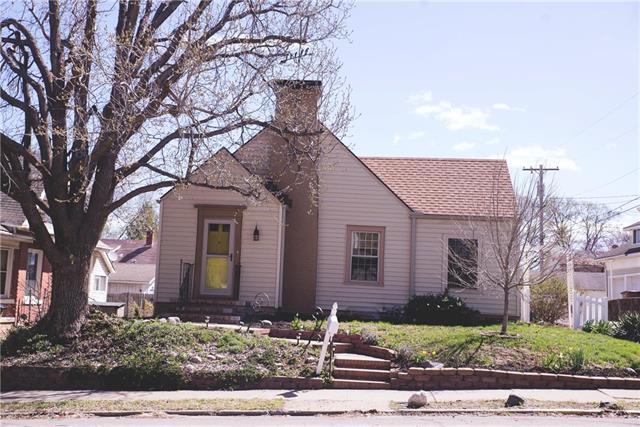 214 N 10th Street, Atchison, KS 66002 (#2159221) :: Stroud & Associates Keller Williams - Powered by SurRealty Network
