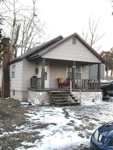 2003 Madison Street, Lexington, MO 64067 (#2159292) :: Kansas City Homes
