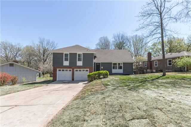 10917 Cherry Street, Kansas City, MO 64131 (#2159311) :: House of Couse Group