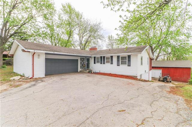 19213 E Holke Road, Independence, MO 64057 (#2159395) :: No Borders Real Estate