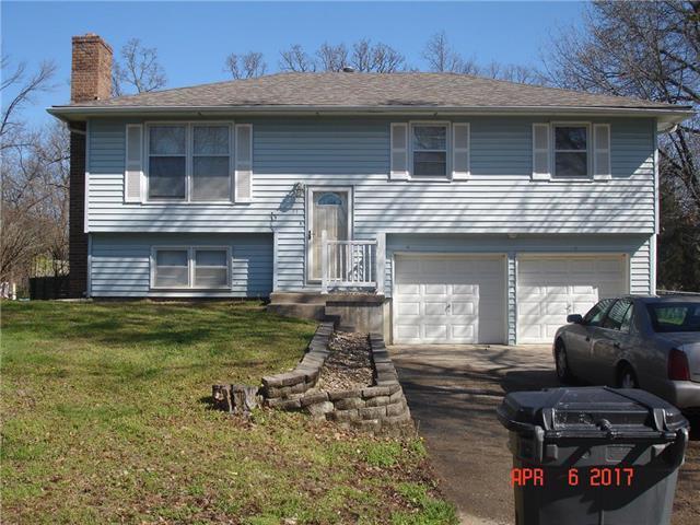 31 SE 240 Road, Warrensburg, MO 64093 (#2159514) :: Edie Waters Network