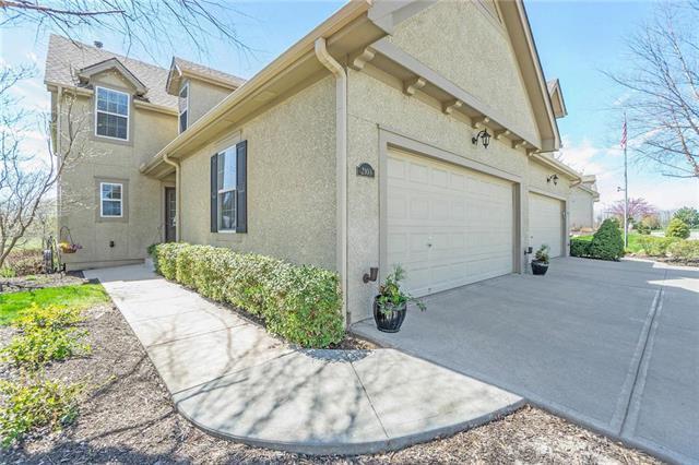 2103 NE 107th Terrace, Kansas City, MO 64155 (#2159549) :: Eric Craig Real Estate Team