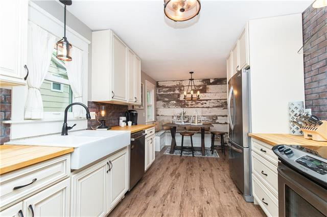 5027 Outlook Street, Mission, KS 66202 (#2159560) :: Team Real Estate