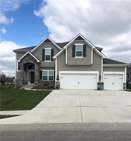 8144 NW 89th Terrace, Kansas City, MO 64153 (#2159661) :: House of Couse Group