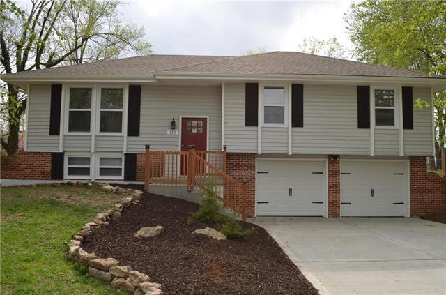 110 S Paul Drive, Sibley, MO 64088 (#2159770) :: House of Couse Group