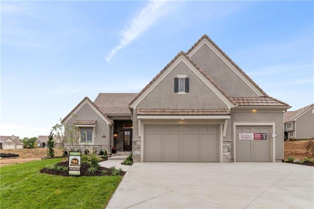 14940 Chadwick Street, Overland Park, KS 66224 (#2159824) :: House of Couse Group