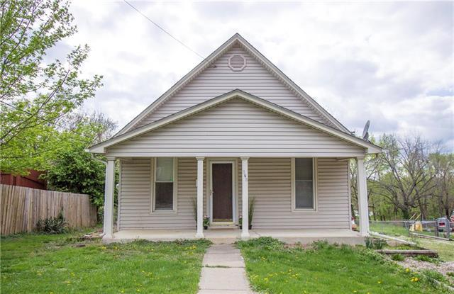 820 S Delaware Street, Independence, MO 64050 (#2159849) :: Team Real Estate