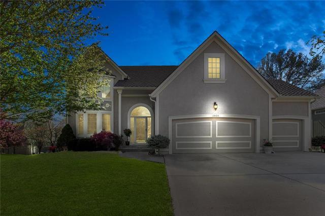 7901 NW Sunset Drive, Parkville, MO 64152 (#2159954) :: No Borders Real Estate