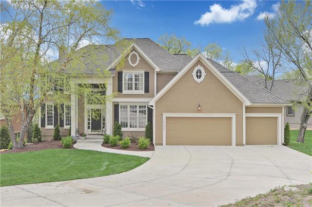 10940 S Cedar Niles Boulevard, Olathe, KS 66061 (#2159960) :: Team Real Estate