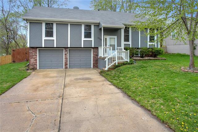 1429 SE 3rd Street, Lee's Summit, MO 64063 (#2159974) :: Team Real Estate