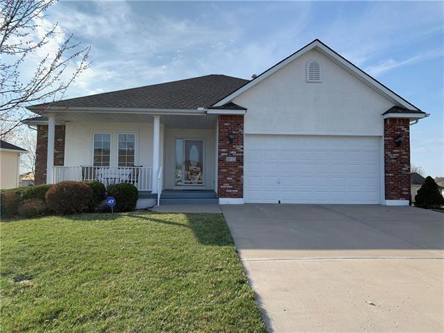 913 SW Soldier Court, Lee's Summit, MO 64082 (#2160004) :: Team Real Estate
