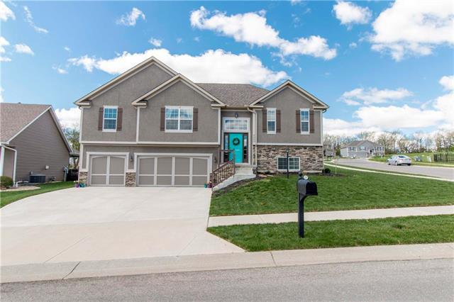 4205 Windward Drive, St Joseph, MO 64505 (#2160065) :: Team Real Estate