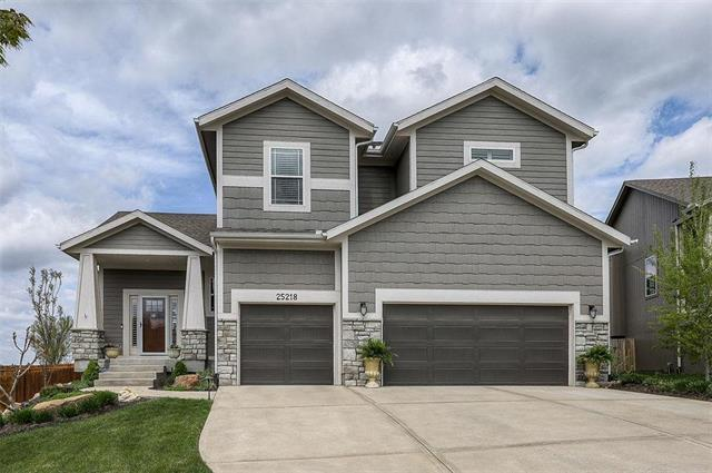 25218 W 142nd Terrace, Olathe, KS 66061 (#2160114) :: No Borders Real Estate