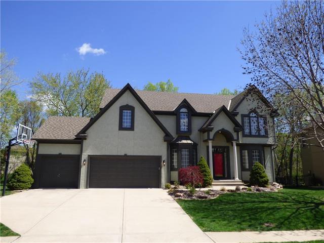 13729 Flint Street, Overland Park, KS 66221 (#2160130) :: Team Real Estate