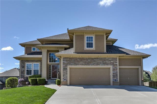3715 NE 95th Terrace, Kansas City, MO 64156 (#2160141) :: Team Real Estate