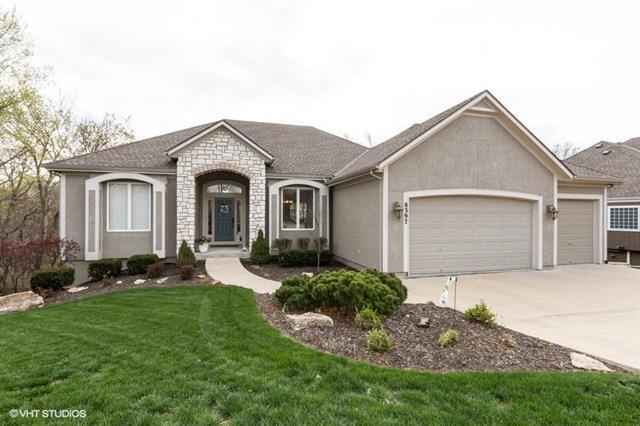 8397 Frederick Court, Desoto, KS 66018 (#2160196) :: Team Real Estate