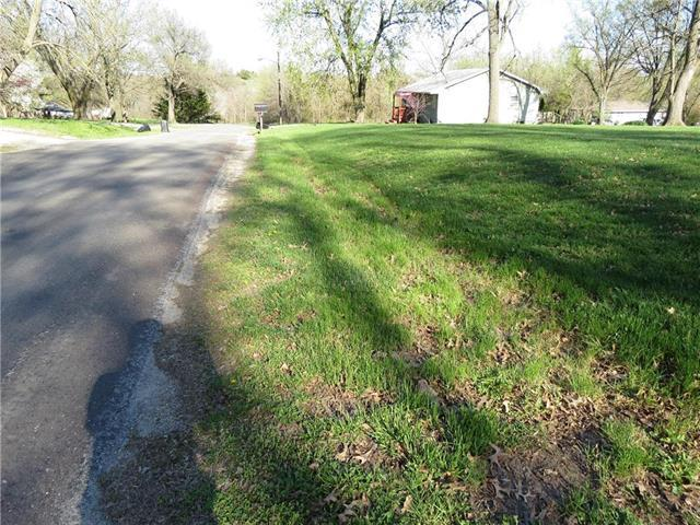 East 5th Street Street, Stanberry, MO 64489 (#2160238) :: Team Real Estate