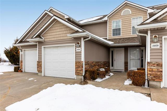 21056 Millridge Street, Spring Hill, KS 66083 (#2160258) :: Team Real Estate