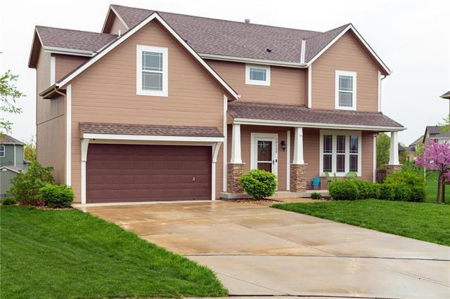 10129 Deer Run Street, Lenexa, KS 66220 (#2160317) :: NestWork Homes