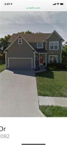 421 SW Stacey Drive, Lee's Summit, MO 64082 (#2160393) :: No Borders Real Estate