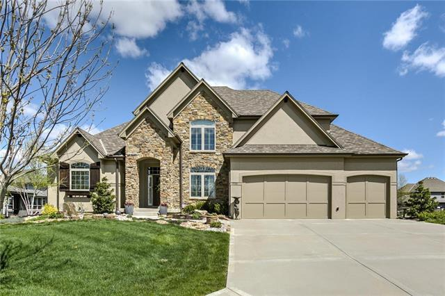 1709 NE Blue Heron Drive, Lee's Summit, MO 64086 (#2160411) :: No Borders Real Estate