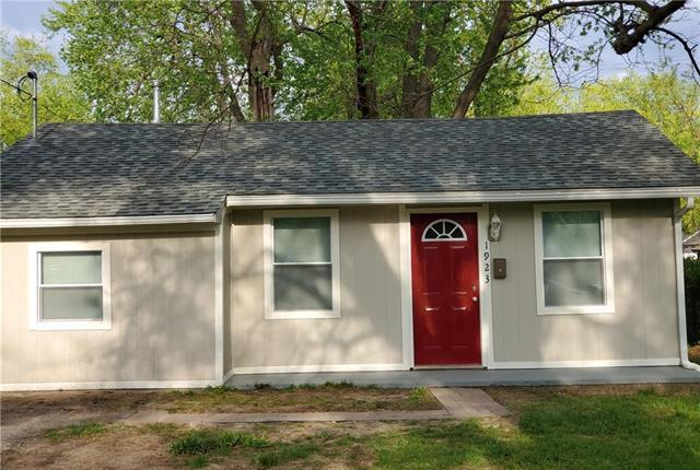 1923 S Arlington Avenue, Independence, MO 64052 (#2160492) :: No Borders Real Estate