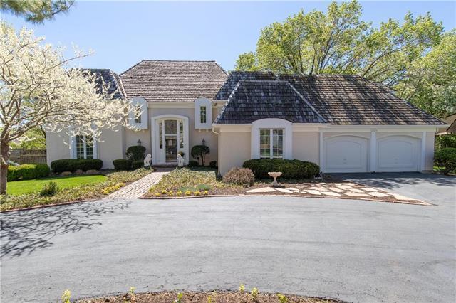 10326 Alhambra Street, Overland Park, KS 66207 (#2160527) :: NestWork Homes