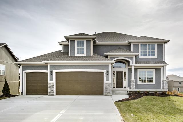 4510 NE 67th Terrace, Kansas City, MO 64119 (#2160585) :: House of Couse Group