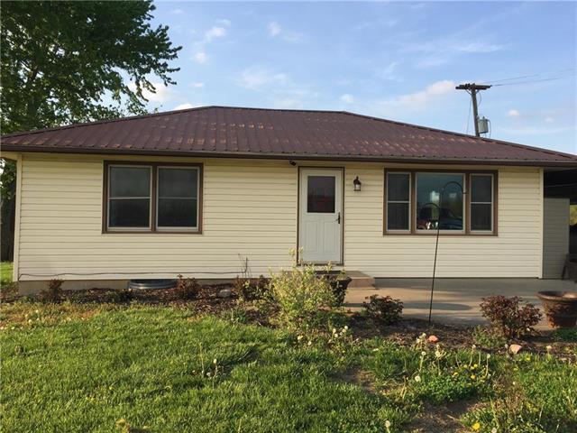 36050 W 327th Street, Osawatomie, KS 66064 (#2160689) :: Eric Craig Real Estate Team