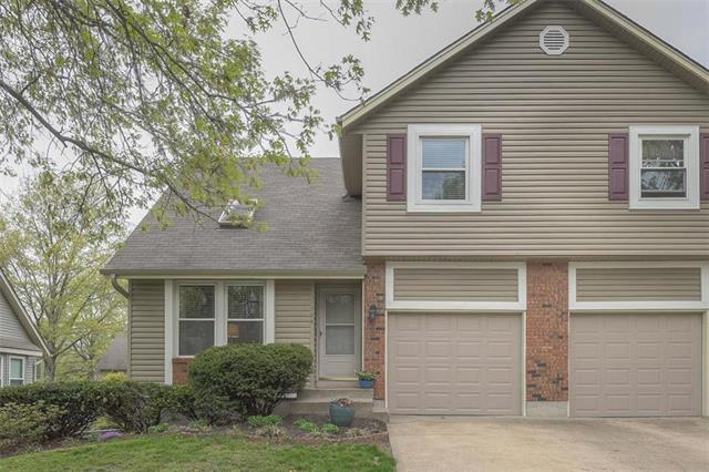 11728 Caenen Street, Overland Park, KS 66210 (#2160735) :: NestWork Homes
