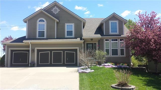 5817 Millbrook Street, Shawnee, KS 66218 (#2160944) :: Edie Waters Network