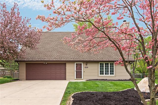 14813 W 149th Court, Olathe, KS 66062 (#2160960) :: NestWork Homes