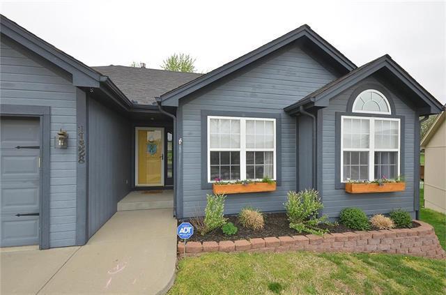 11328 N Walnut Street, Kansas City, MO 64155 (#2161075) :: Eric Craig Real Estate Team