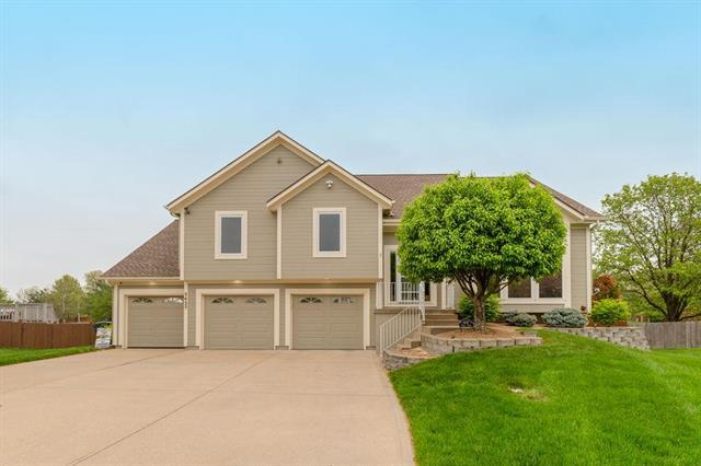 5425 Payne Court, Shawnee, KS 66226 (#2161162) :: Eric Craig Real Estate Team