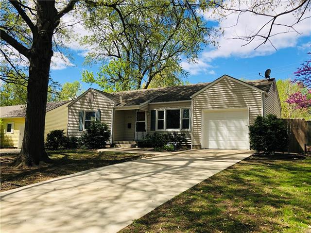 5706 Horton Street, Mission, KS 66202 (#2161187) :: Team Real Estate