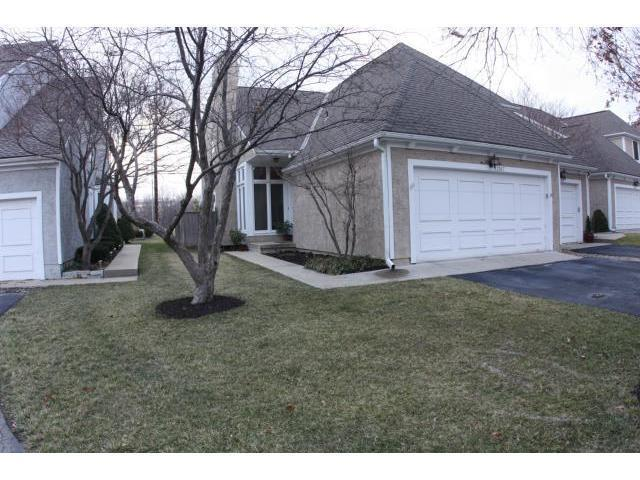 12587 Broadmoor Street, Overland Park, KS 66209 (#2161410) :: House of Couse Group