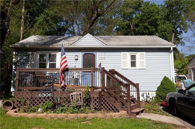 6306 Ravena Road, Pleasant Valley, MO 64068 (#2161724) :: Kansas City Homes