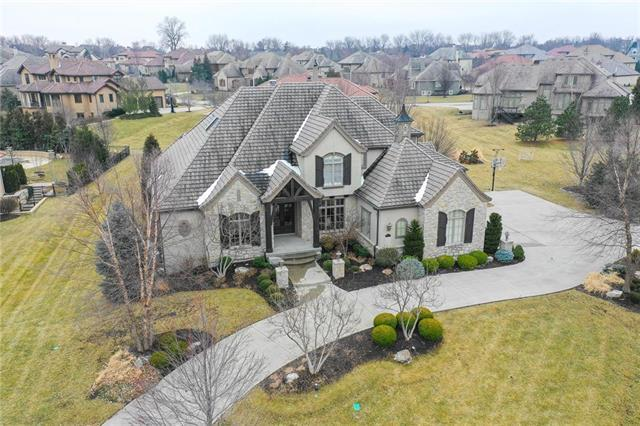 5013 W 146th Street, Leawood, KS 66224 (#2162202) :: The Shannon Lyon Group - ReeceNichols