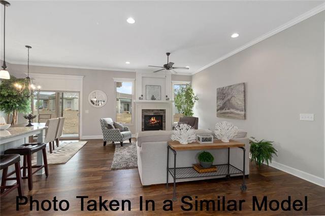 11695 S Deer Run Street, Olathe, KS 66061 (#2162225) :: Clemons Home Team/ReMax Innovations